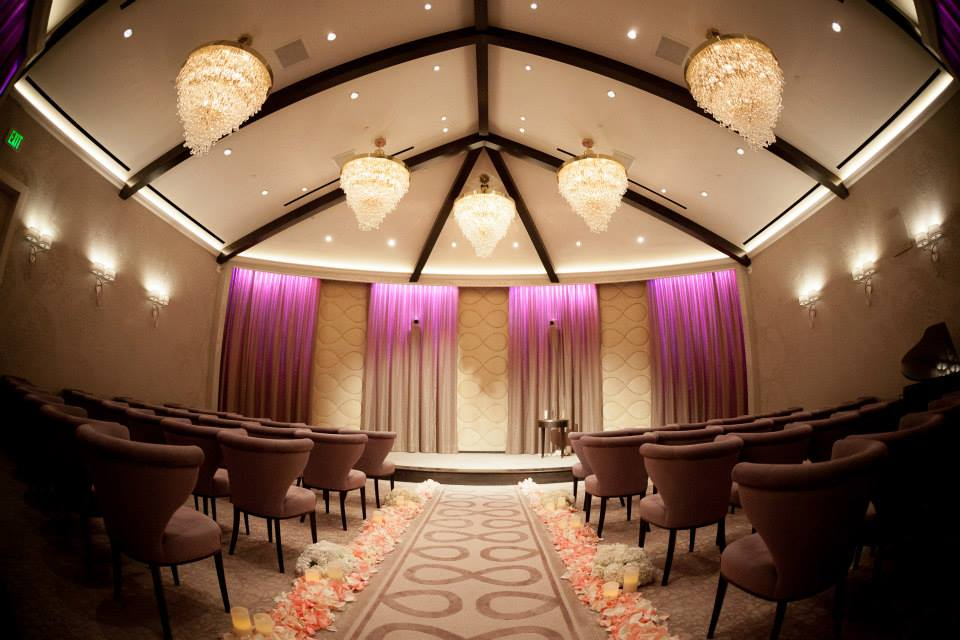 Crystal Jd S Vegas Wedding Coordinator Ceremony Setup
